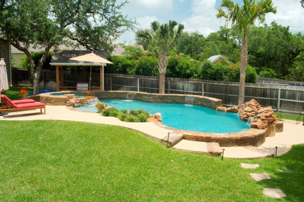 VianPool 25 Gorgeous Pools Everyone Should Swim In Once