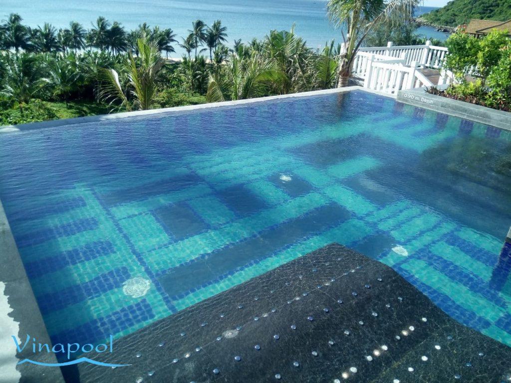 Hồ bơi Villa InterContinental® Danang Sun Peninsula Resort