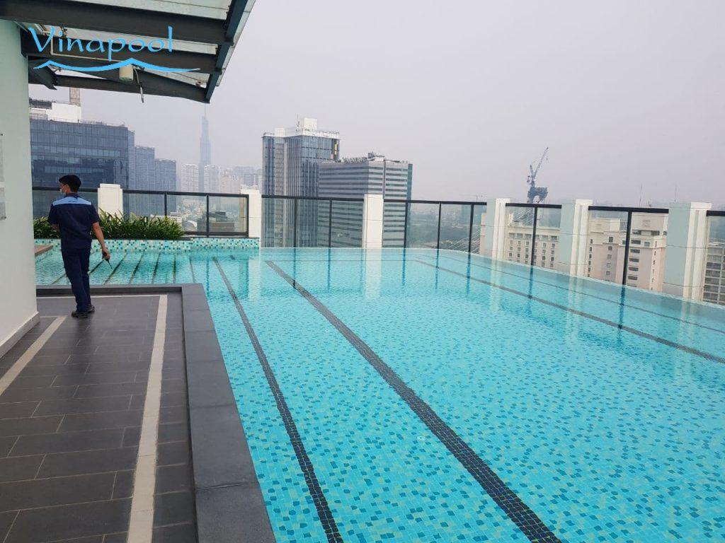 Hồ bơi chung cư thiết kế hệ thống lọc mương tràn