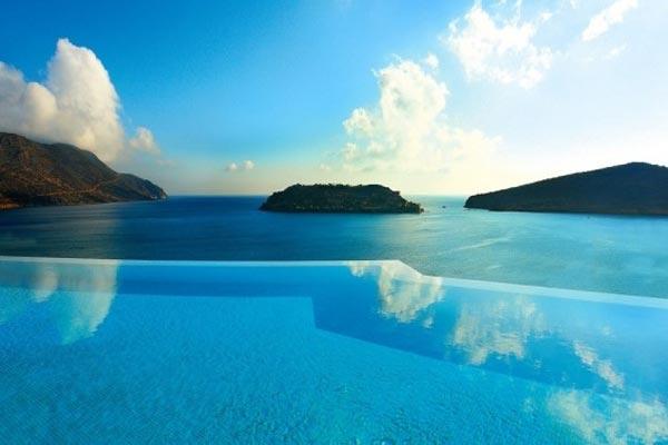 VianPool be-boi-vo-cuc-blue-palace-resort-spa