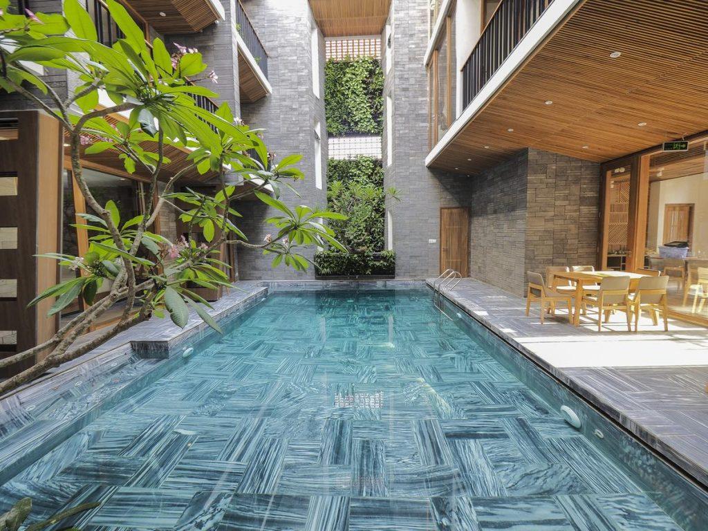 Hồ bơi Homestay Minh House,