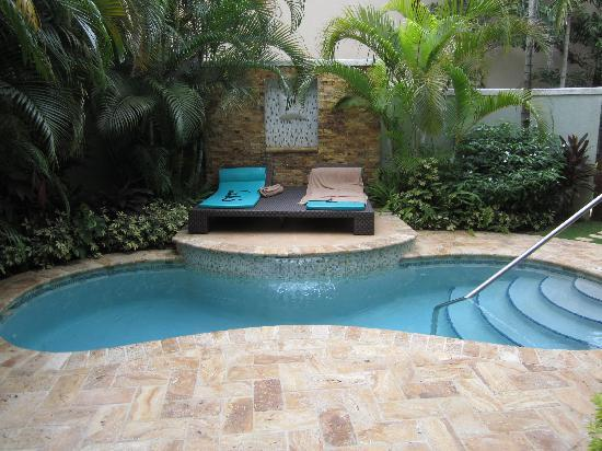 VianPool our-private-pool