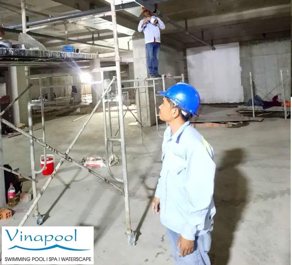VianPool thi-cong-he-thong-ong-ho-boi-2