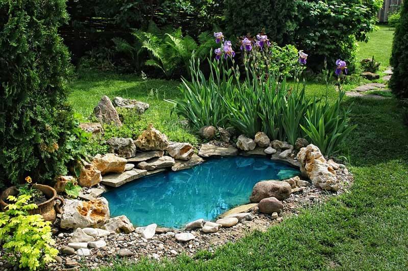 VianPool blue-water-pond