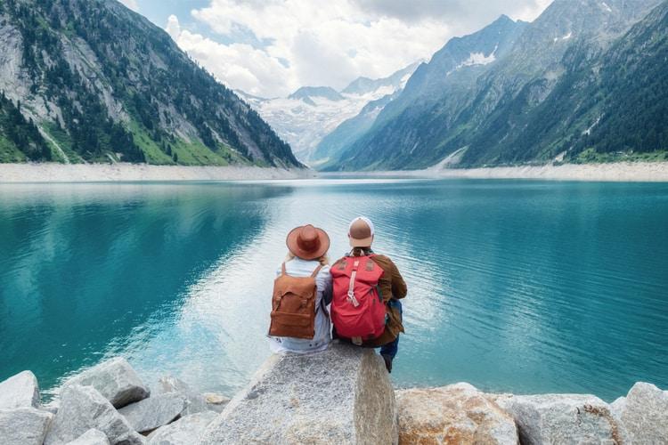 Du lịch cuối năm để thư giãn đầu óc và khám phá vẻ đẹp cuộc sống