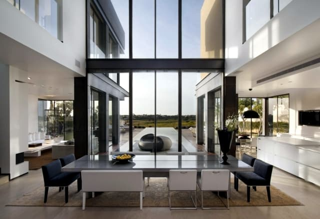 VianPool modern-house-with-pool-promises-a-good-time-outdoors