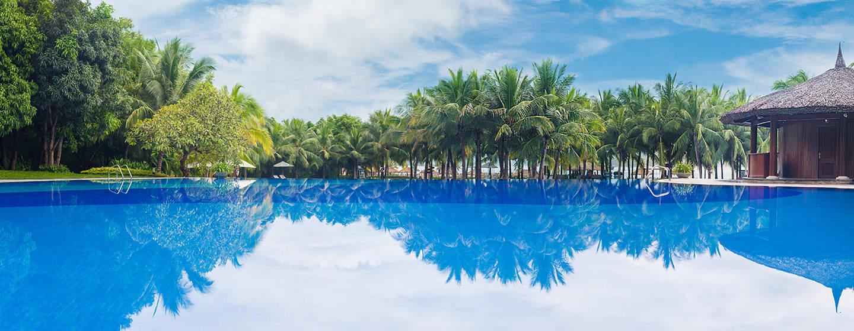 Phu-nu-8-resort-dep-nhat-Viet-Nam-anh25