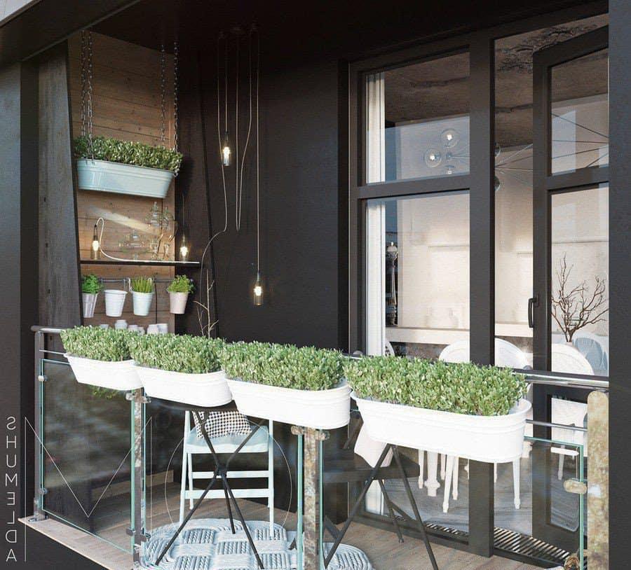 Vườn rau treo trên ban công căn hộ
