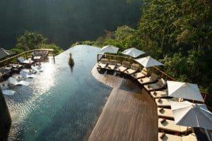 VianPool hanging-gardens-indonesia-dulichchat-6-300x200