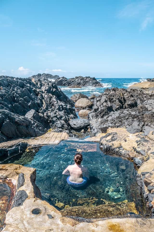 VianPool Tắm onsen ngắm hoàng hôn tại suối nước nóng trên biển siêu lãng mạn
