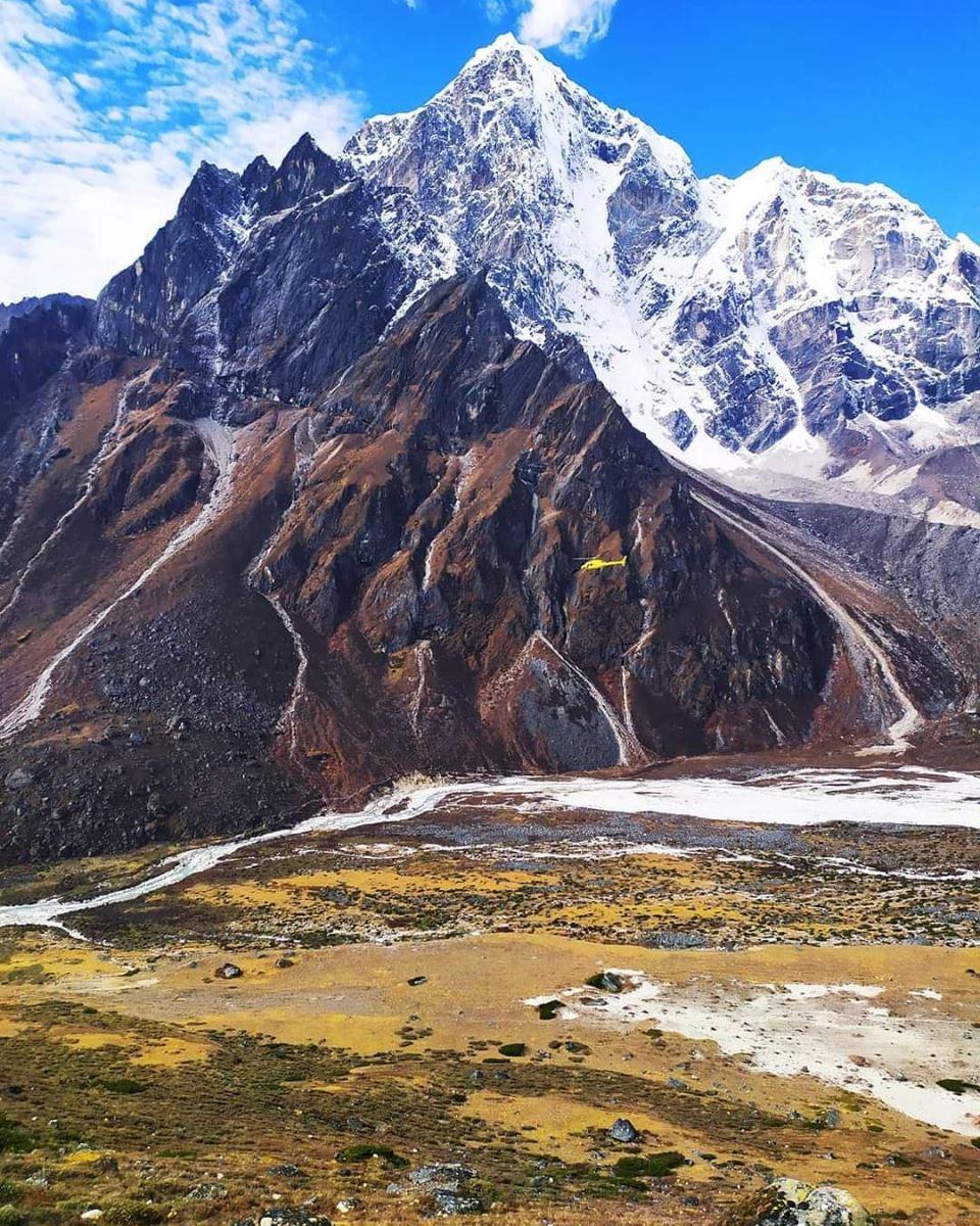 Đỉnh Everest nằm ở đâu?