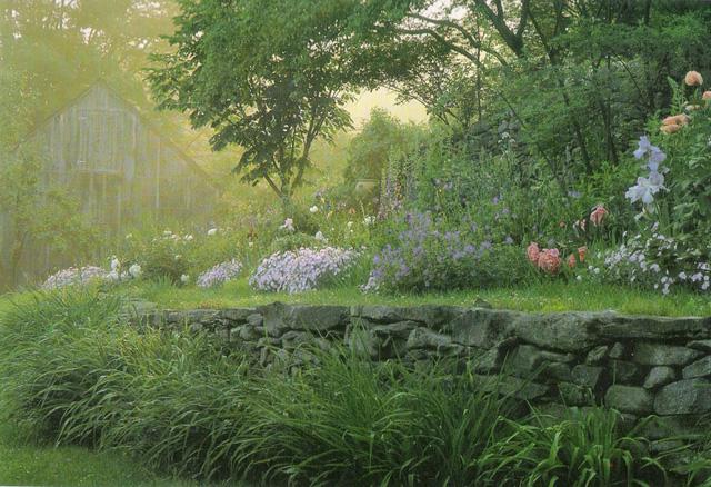 Bỏ phố về quê, bà cụ U100 biến mảnh đất quê thành căn nhà vườn trị giá 2 triệu USD, tận hưởng cuộc sống đẹp như tranh vẽ - Ảnh 9.